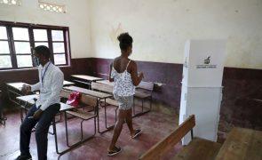 São Tomé/Eleições: Quase totalidade das mesas abriram à hora prevista
