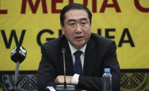 China prevê investir 17,7 biliões de euros para atingir a neutralidade carbónica em 2060