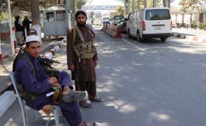 Afeganistão: Frente Nacional da Resistência nega derrota no vale do Panchir