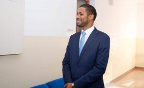 São Tomé/Eleições: Presidente do Governo do Príncipe promete lealdade institucional ao Presidente eleito