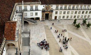 Universidades de Coimbra e de Macau assinam parceria de cooperação