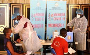 Covid-19: Angola começa a emitir certificado de vacinação