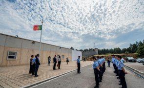 Guardas prisionais negam introdução de droga e telemóveis na cadeia de Paços de Ferreira