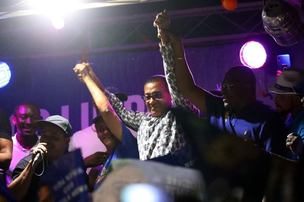 São Tomé/Eleições: Presidente eleito promete que apenas o povo poderá dar-lhe ordens