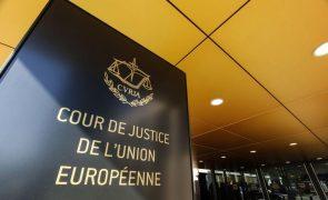 Bruxelas pede a tribunal europeu a aplicação de uma multa à Polónia