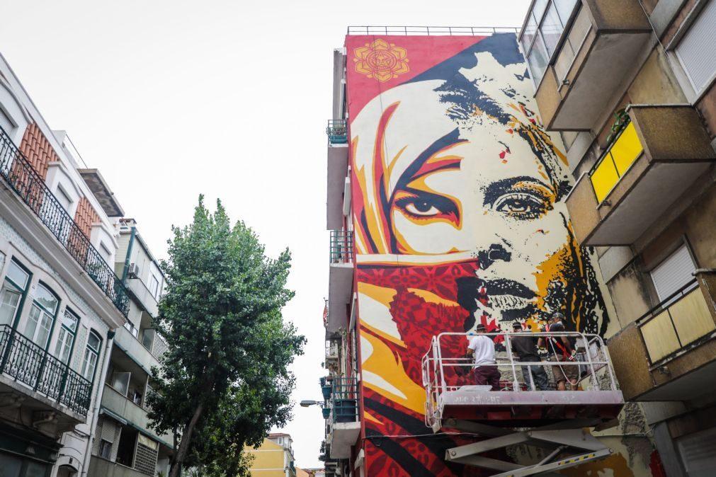 Lisboa ganha dois murais de Shepard Fairey, criador de