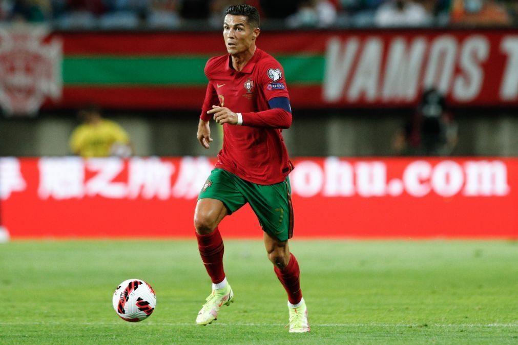 Cristiano Ronaldo apresenta-se no centro de treinos do Manchester United