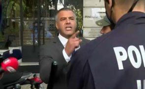 Juiz negacionista desafia polícia à porta do Conselho da Magistratura [vídeo]