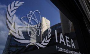 Irão aumenta produção de urânio enriquecido e dificulta vigilância - AIEA