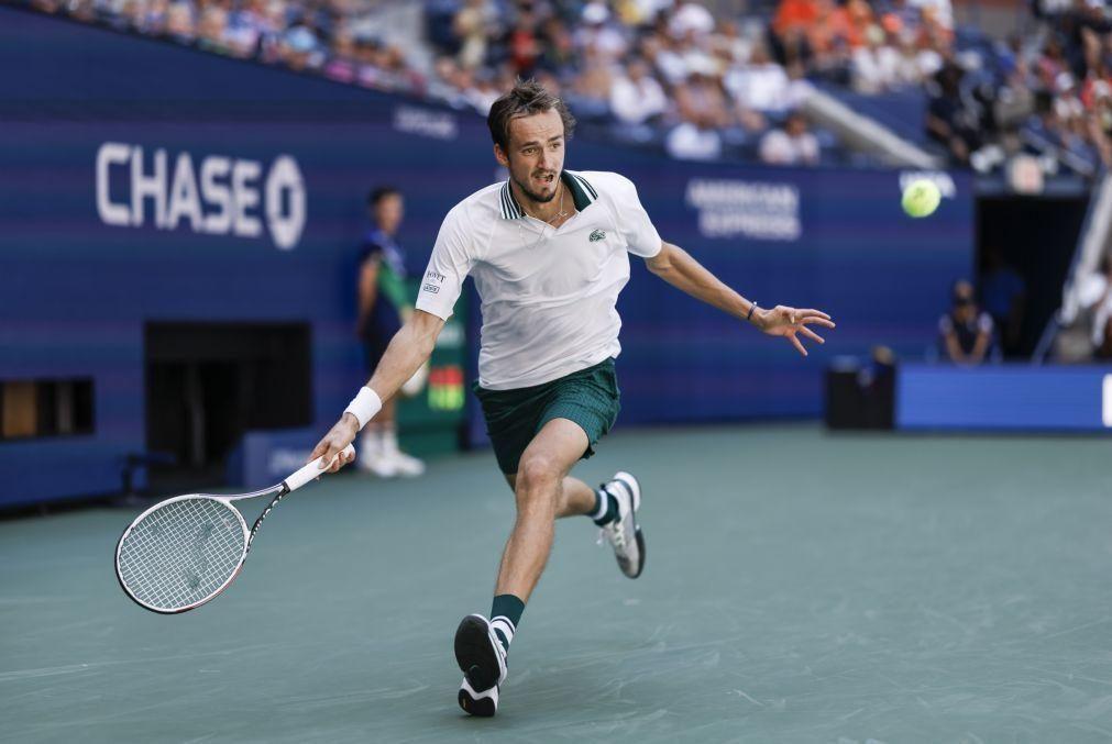 US Open: Medvedev vence Van de Zandschulp e é o primeiro semifinalista