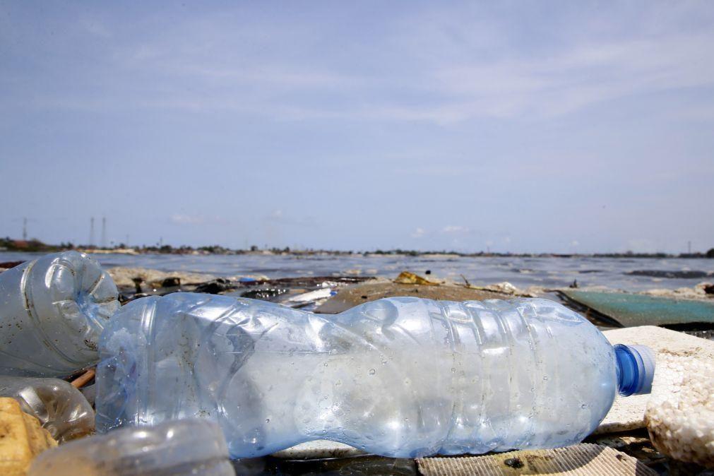 Universidade de Aveiro transforma garrafas de plástico em fio para impressão 3D