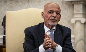 Afeganistão: Ex-Presidente Ashraf Ghani apresenta