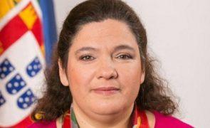 Ministra aos berros na Loja do Cidadão por culpa do tempo de espera