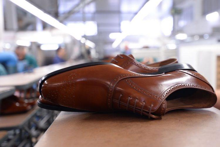 Duas centenas de empresas portuguesas de calçado promovem-se em 16 países este ano