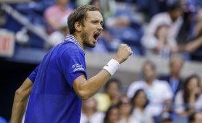 US Open: Medvedev derrota Auger-Aliassime e avança para a final