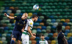 Sporting e FC Porto empatam e ficam a quatro pontos do líder Benfica