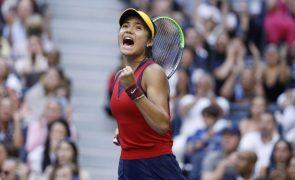 US Open: Emma Raducanu é a primeira vencedora de um 'major' após 'qualifier'
