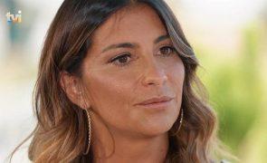 Isabel Figueira encontrada «estendida na cozinha»