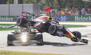 Verstappen penalizado por acidente com Hamilton no Grande Prémio de Itália de F1