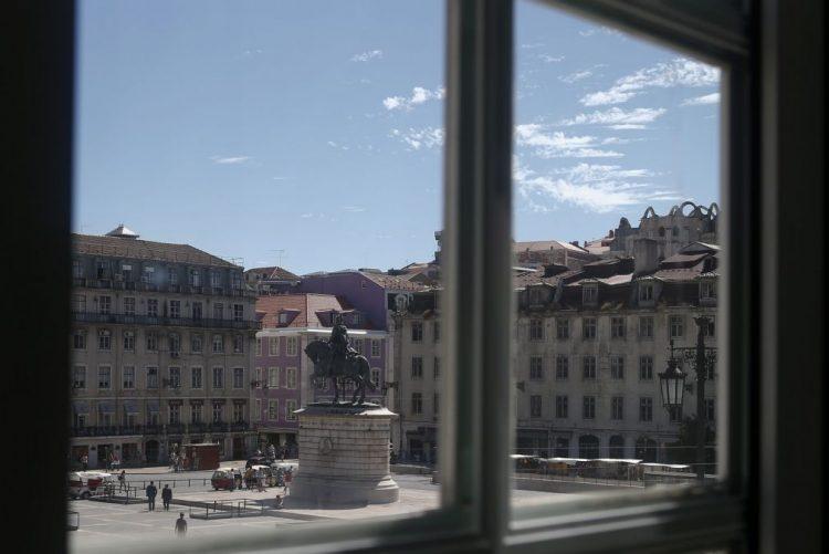 Associações de Lisboa exigem ao Governo soluções para problemas de habitação