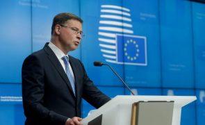 Bruxelas avisa Croácia para não usar adesão ao euro como desculpa para aumentar preços