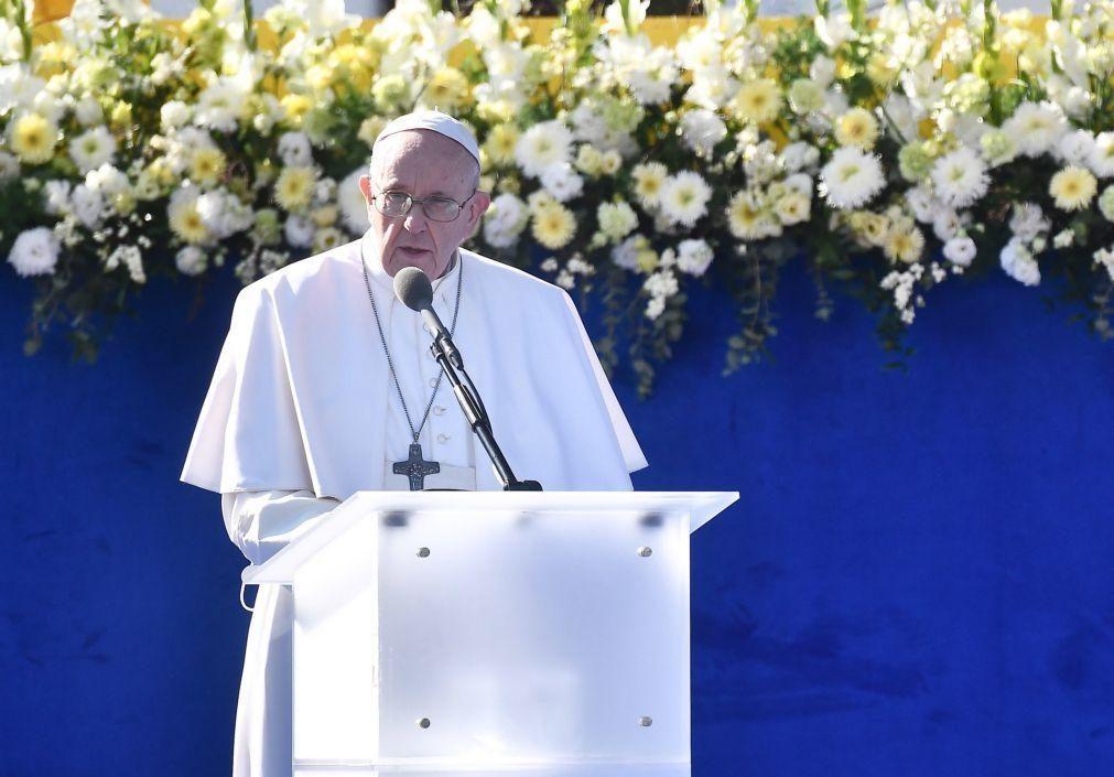 Papa defende fraternidade e espírito de união para superar crise pandémica
