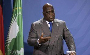Covid-19: Presidende da RDCongo vacinado depois de críticas iniciais