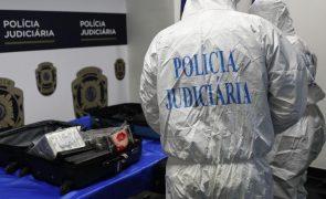 Mais de cem quilogramas de cocaína apreendidos e quatro detidos em operação da PJ