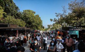 Feira do Livro de Lisboa recebe 350 mil visitantes e supera expectativas - APEL