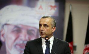 Afeganistão: Talibãs anunciam confisco de 5,5 ME de casa do ex-vice-Presidente