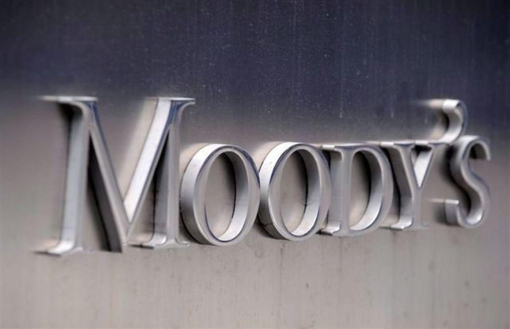 Moody's melhora perspetiva de 'rating' de Angola e executivo reafirma compromisso com reformas