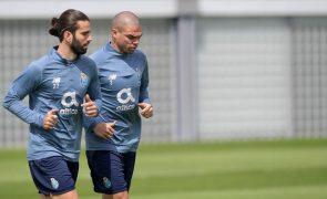 LC: Pepe garante FC Porto com