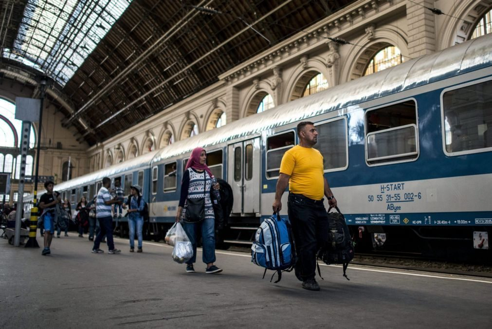 Última hora: Polícia húngara revista comboios internacionais após ameaça de bomba