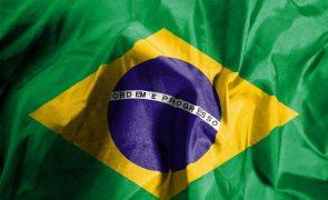 Queda de avião provoca sete mortos no interior do estado brasileiro de São Paulo