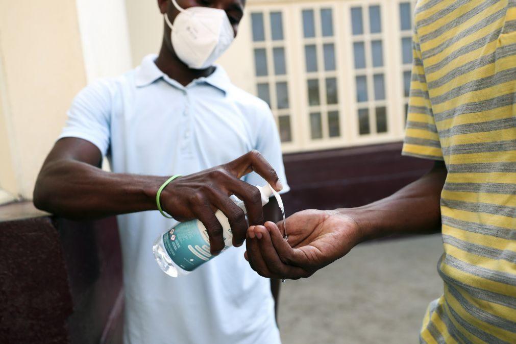 Covid-19: Mais três mortes e 52 novas infeções em São Tomé e Príncipe