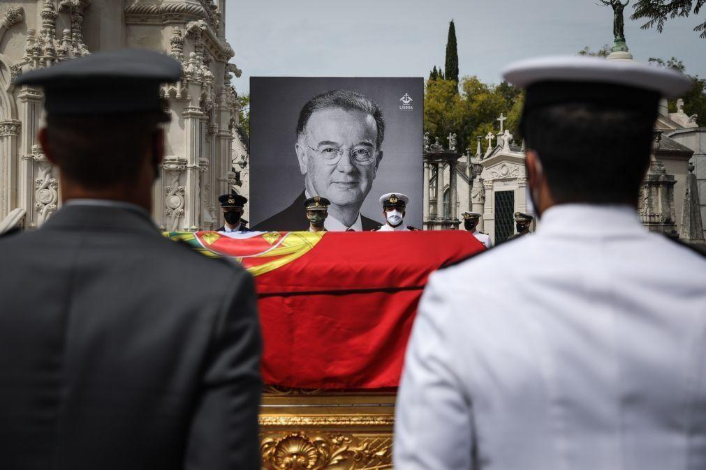 Quinze chefes de Estado da UE prestam homenagem a Jorge Sampaio na quarta-feira em Roma