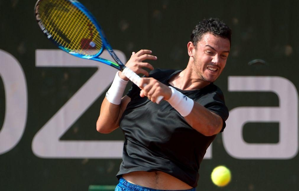Tenista Gonçalo Oliveira eliminado no 'challenger' de Quito
