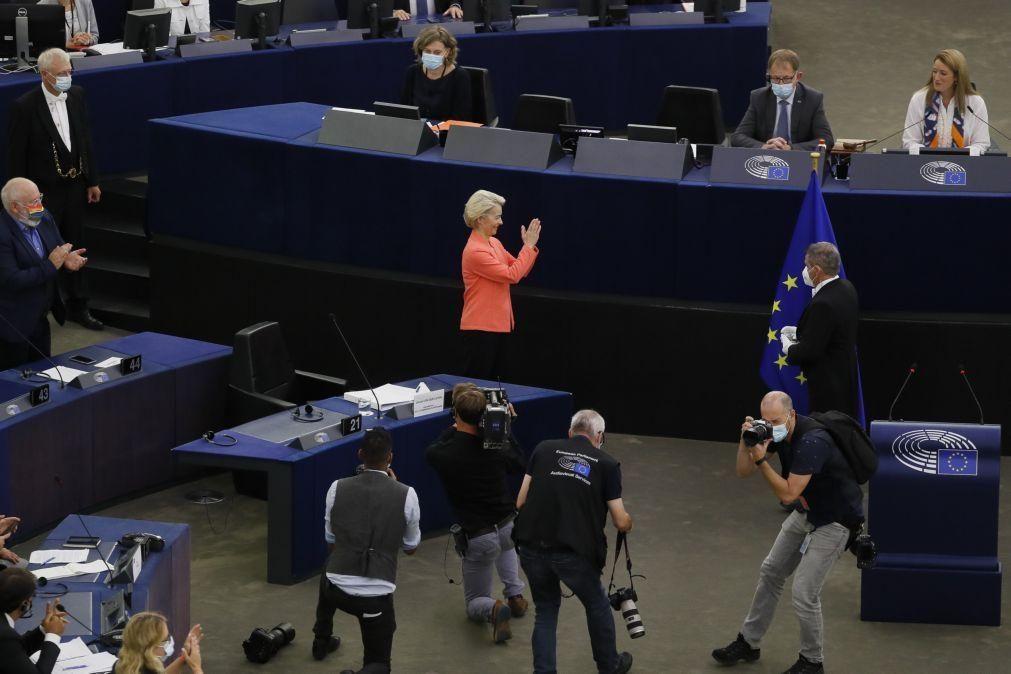 Von der Leyen anuncia cimeira europeia de defesa em 2022