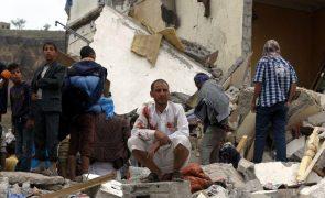Iémen: Pelo menos 50 mortos em confrontos entre rebeldes e forças pró-Governo