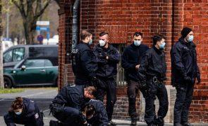 Polícia alemã faz várias detenções no âmbito de possível ataque contra sinagoga