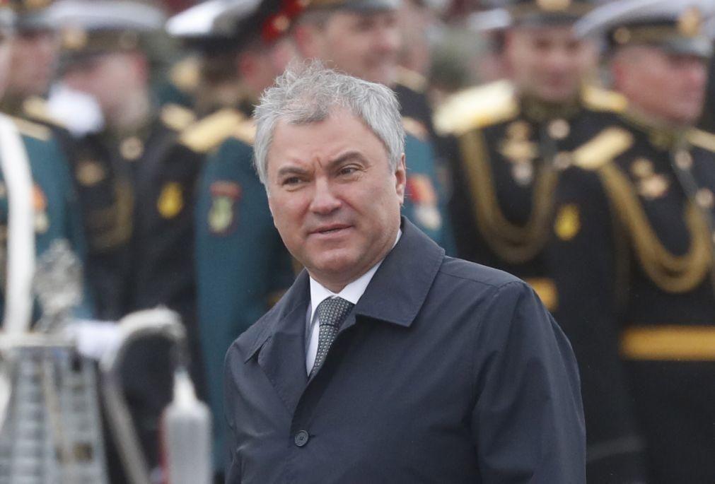 Rússia: Presidente da Duma acusa Parlamento Europeu de interferir nas eleições legislativas