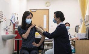 Covid-19: Deputado de Macau quer testes para vacinados há mais de oito meses e sugere terceira dose