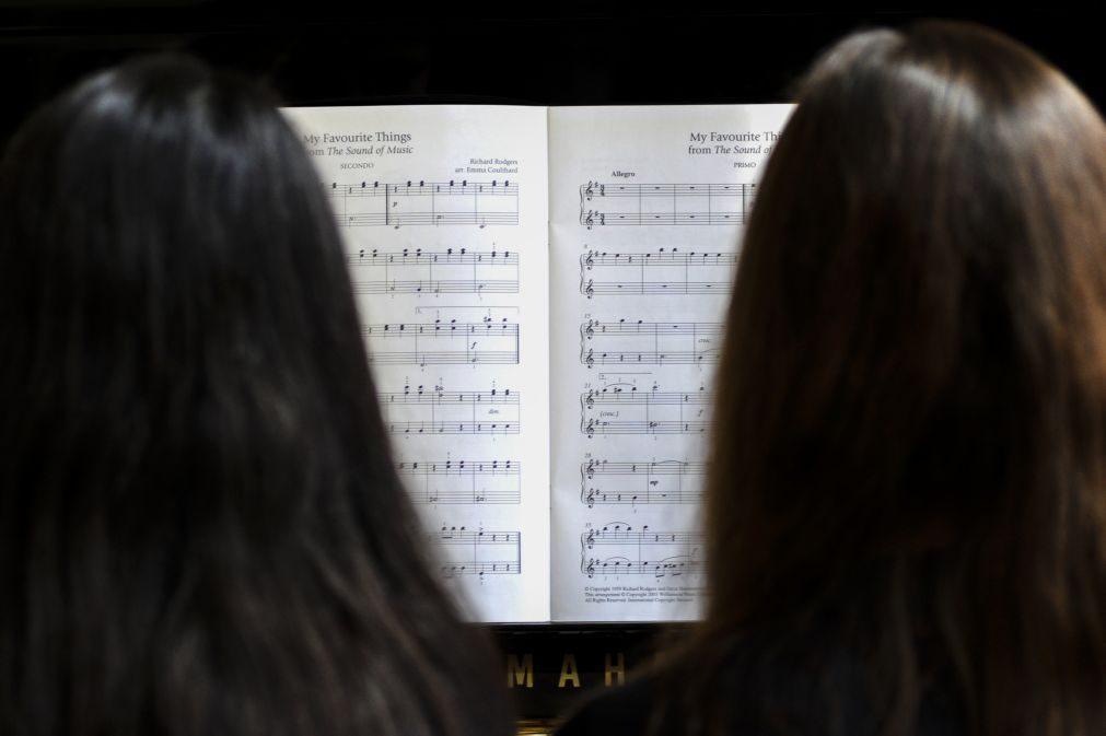 Orquestra e Banda de Jovens da Feira celebra 25 anos de atividade com rigor profissional