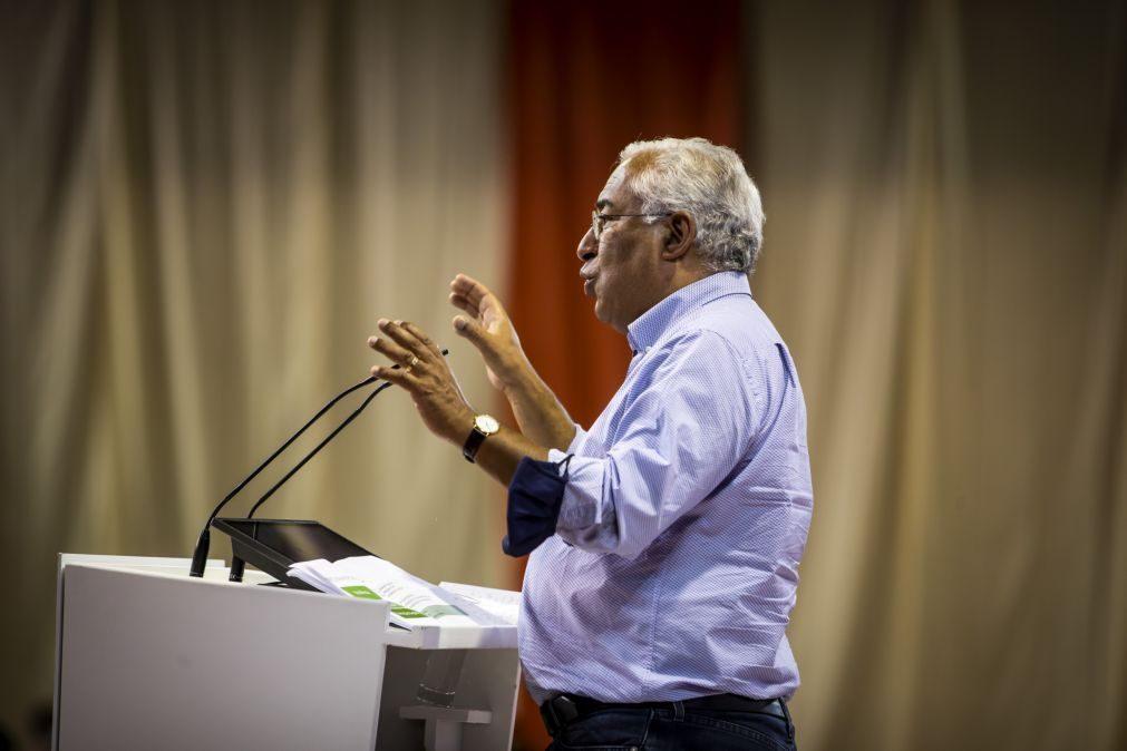 Óbito/José-Augusto França: PM recorda historiador pioneiro e