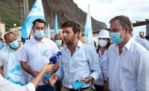 Autárquicas: Líder do CDS-PP acusa Governo de