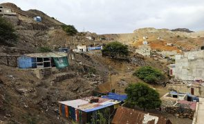 Covid-19: Uma morte e 56 novos casos positivos em Cabo Verde