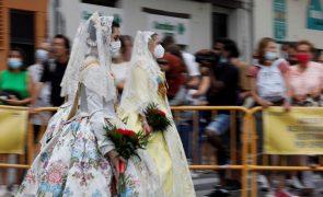 Covid-19: Espanha regista 5.988 novos casos e 118 mortes desde sexta-feira