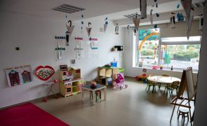 Creche gratuita para crianças de famílias até ao 2.º escalão de rendimentos