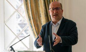 Ministro do Ambiente garante que eletricidade doméstica não sobe em 2022