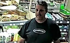 Funcionário de bomba de gasolina executado por pedir a cliente para usar máscara